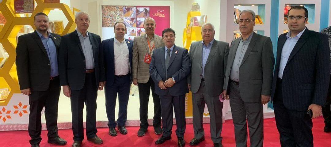 حضور گز مظفری و نیوشا در نمایشگاه تهران